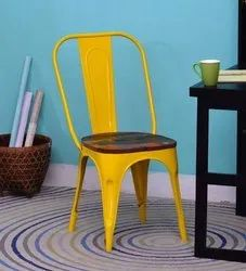 Awesome Metal Tolix Chair With Wooden Top, Seating Capacity: One, for Restaurant