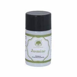 Old Tree Hotel Herbal Jasmine Conditioner, Packaging Size: 20 ml, Liquid