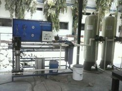 FFRP + SS 304 Reverse Osmosis Plant 2m3, RO Capacity: 2000 Ltrs, 1000-2000 (Liter/hour)