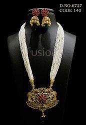 Traditional Antique Filigree Pendant Set