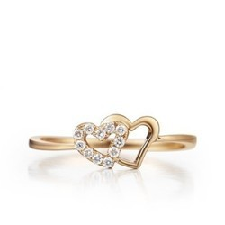 Round Diamond Heart Shape Wedding Ring