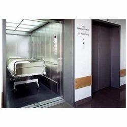 Max Hospital Lift