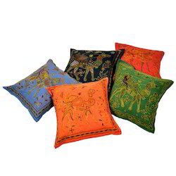 Camel Design Embroidery Cushion Cover 512