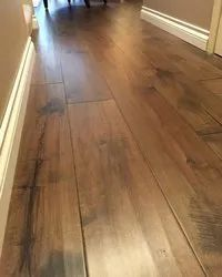 Brown Polish Wood Flooring, For Indoor, Thickness: 10 - 11 Mm