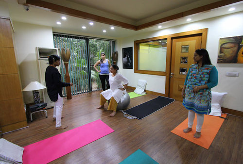 29f9dd484cf Prenatal Fitness And Strengthening Classes in Greater Kailash I