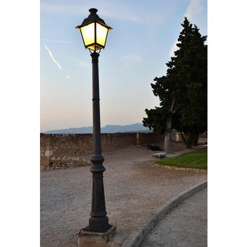 Light Pole Design: Light Pole, Light Pole, Outdoor Lighting Poles, लाइटिंग