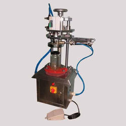 Pneumatic Lug Cap Sealer