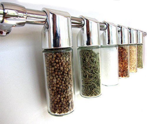 Oben Glass Hanging Spice Bottles