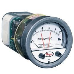 Series A3000 Photohelic Pressure Switch Gage