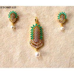 RI Women CZ Locket Earrings Set