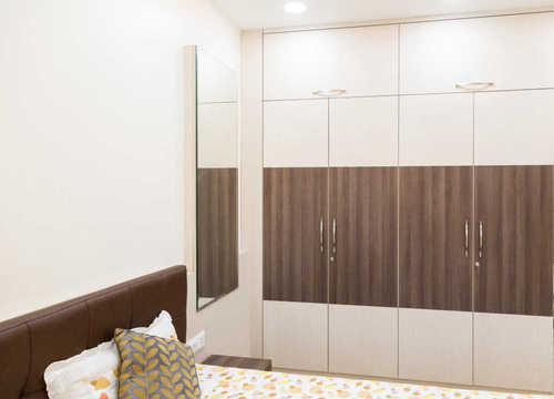 Modern Bedroom Cupboard Designing, Rs 800 /unit Sriman ...