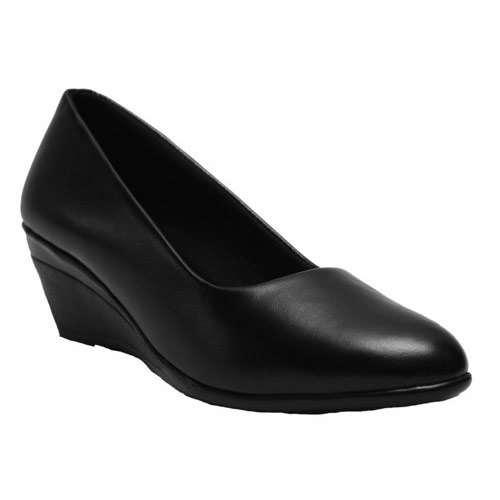 Canvas Ladies Black Office Shoes, Rs