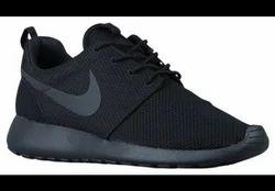 5d99d4aca9ab Black black Nike Roshe One Men Shoes