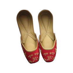 Ladies Fancy Red and Golden Jutti
