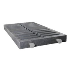 Cast Iron Bottom Plate, For Road Construction, Size: 4 X 2.5 Feet