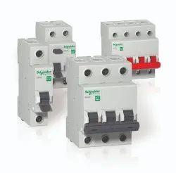 6 A 240 V AC Schneider Electric Switchgear