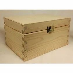 Pinewood Rectangle Pine Wooden Box, For Packaging, Box Capacity: 200-500 kg