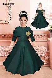 Party Wear Green Designer Gown, Size: 20*26