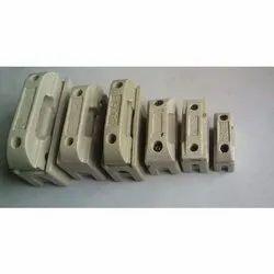 Porcelain Kit Kat Fuse, 250-450v, 16-400a