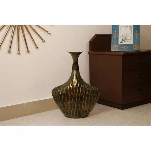 Copper Cocovey Wave Metal Floor Vase Shape Jar Shaped Rs 1699