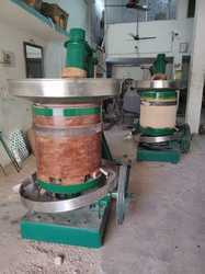 Sesame  Wood Press Oil Machine (Vaagai Marachekku )