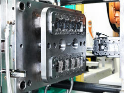 Injection Moulding Machine Dies