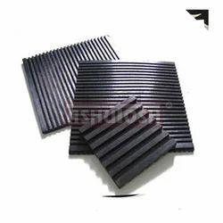 Ashutosh Black Rubber Mounting Pads