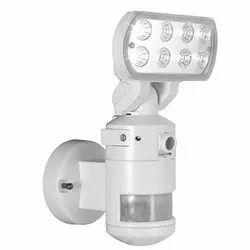 Robot Security Camera With PIR Sensor