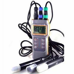 Combo pH Meter