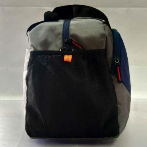 c3038609143b Plain Stylish Gym Bag