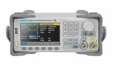 SMG2122 120 MHz Arbitrary Waveform Generator
