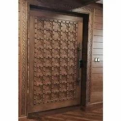 Polished Hinged Wooden Door, Size: 60l X 72w Inch, 70l X 60w Inch