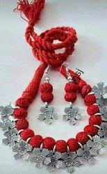 Red And Silver Thread Necklace, Packaging Type: Box