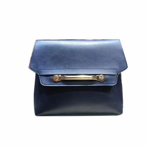 df5077c555e4 Plain Leather Ladies Hand Bag