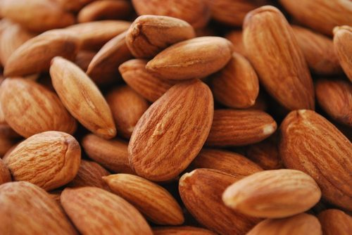 Almond Nut, Packing Size: 5 kg