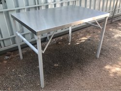 SS Top Foldable Table