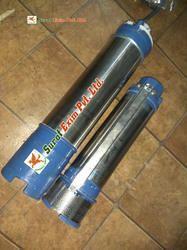 Three Phase Surat Exim 1Hp 110V Solar Submersible Well Pump, Warranty: 12 Months