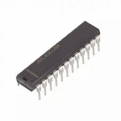 MAX7221CNG IC