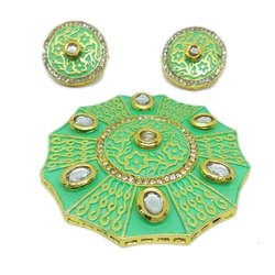 Brass Golden Light Green Round Designer Kundan Pendant, Size: 60mm