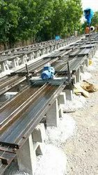 Prestressed boundary wall mould