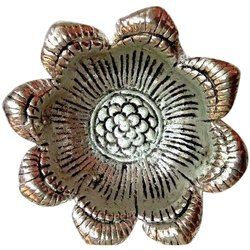 Scraping Round Aluminium Flower Design Silver Diya Handicraft Items, For Home