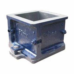 Metal Square 150 mm Cube Moulds, Manual, Capacity: 7kg
