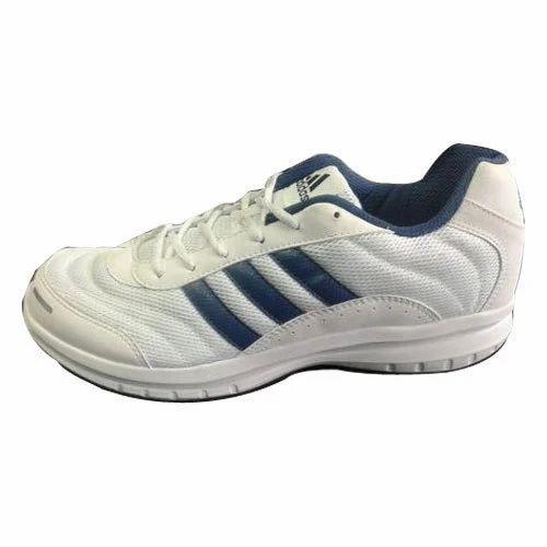 half off 52d21 66bd0 Adidas Sports Shoe