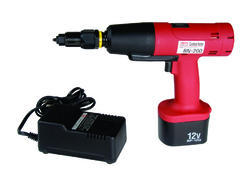 BN-200 Battery Operated Rivet Insert Nut Tool