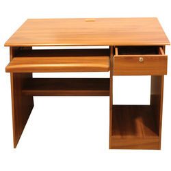Modern Brown Wooden Computer Table, Size: Standard