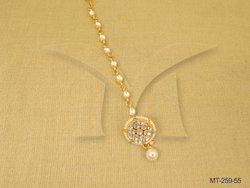 Kundan Mang Tikka Jewellery