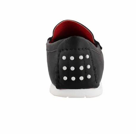 e4f4930f126 Metro 31-7428-Black Casual Loafers