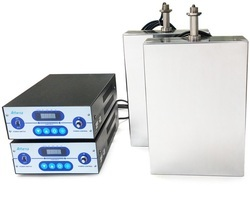 Immersible Ultrasonic Transducers Cleaner