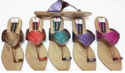 Ladies Eagle Footwear Daily Wear Flat Sandal, Size: 7-12