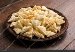 Plain Pan India Noble 3d Triangle Fryums, Packaging Size: 5kg, Packaging Type: Box